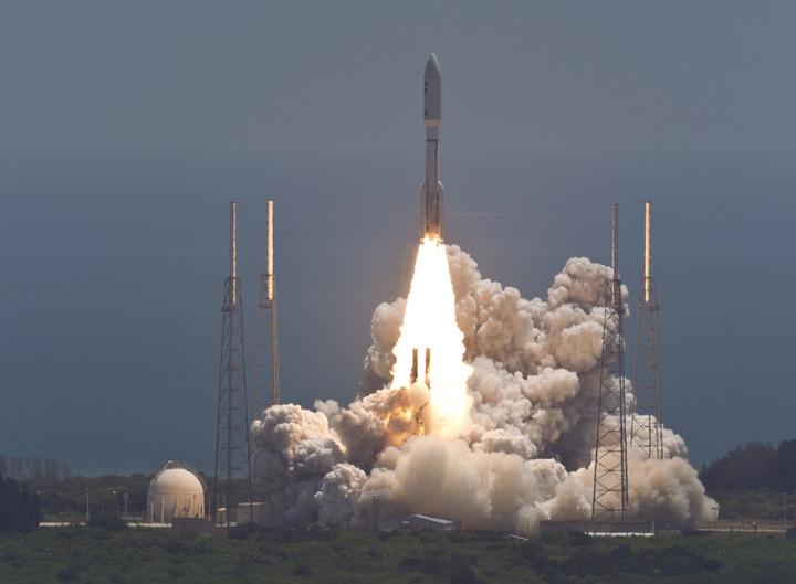 Atlas V z Juno startuje z LC-41 / Credit: NASA