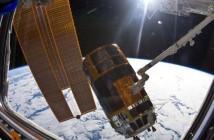Statek HTV przy stacji ISS / Credits: NASA