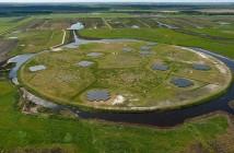 Anteny systemu LOFAR w Holandii / Credits: LOFAR-ASTRON