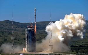 "Start rakiety Chang Zheng 4B z satelitami Gaofeng 2 i BRITE-PL ""Heweliusz"" / Credit: Xinhua"