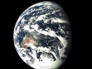 Ziemia obserwowana przez Chang'e 5-T1 / Credits - CNSA