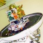 Satelita IRSS-1C w trakcie prac naziemnych