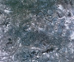 Zdjęcie Krakowa wykonane przez koreańskiego satelitę KOMPSAT-2 w dniu 5 lutego 2010 roku
