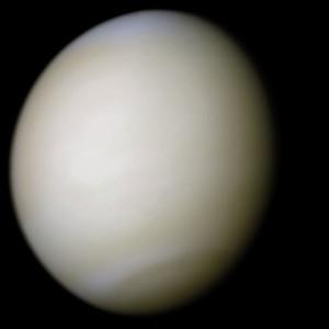 Wenus - kolory rzeczywiste, zdjęcie wykonane przez sondę Mariner 10
