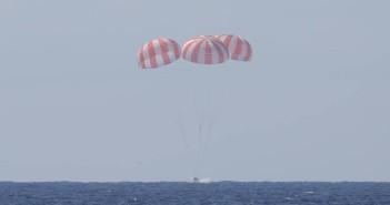 Wodowanie Dragona - koniec misji CRS-6 / Credits - SpaceX