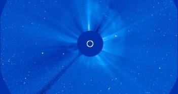 Obraz CME z 22 czerwca z godziny 22:30 CEST / Credits - NASA, ESA, SOHO