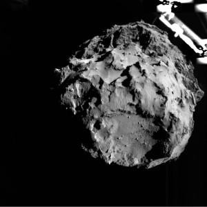 Kometa 67P w obiektywie Philae, odległość 3,1 km, 12 listopada 2014 / Credit: ESA