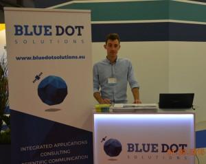Maciej Mickiewicz z zespołu Blue Dot Solutions na MSPO / Credits - BDS