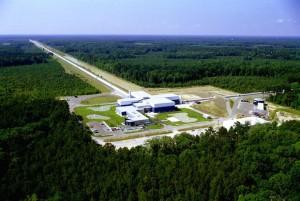 Zdjęcie ośrodka badawczego LIGO w Livingston / Źródło: LIGO Cosortium