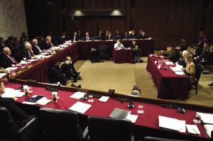 Przesłuchania przed senacką Komisją Sił Zbrojnych ws. budżetu departamentu obrony, 6 lutego 2007 / Credit: Cherie A. Thurlby (Senat USA), domena publiczna
