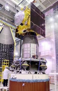 Satelita IRNSS-1F zintegrowany z rakietą PSLV-XL C32 / Credit: ISRO